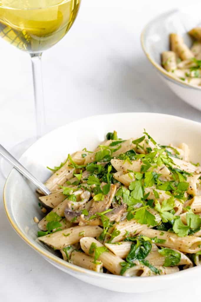 Creamy Mushroom Pasta - Vegan, GF & Healthy! Georgie Eats.
