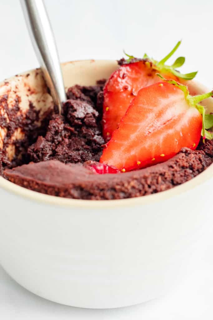 Single-Serve Molten Chocolate Pudding - Vegan, GF & Healthy! Georgie Eats.