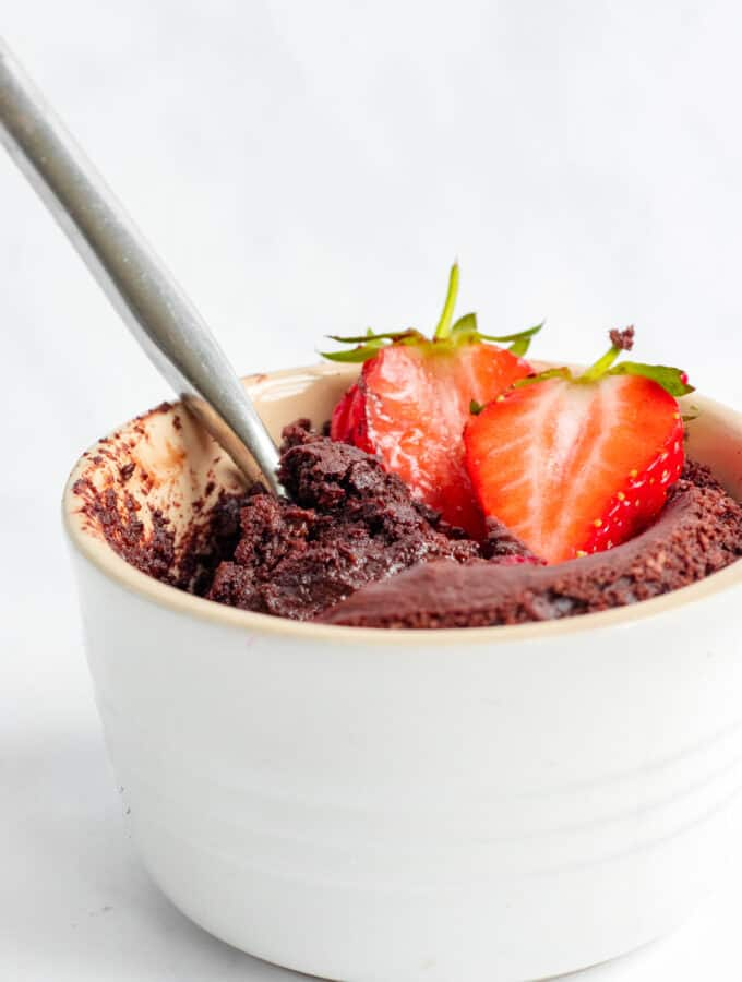 Single-Serve Molten Chocolate Pudding - Vegan, GF & Healthy! Georgie Eats.