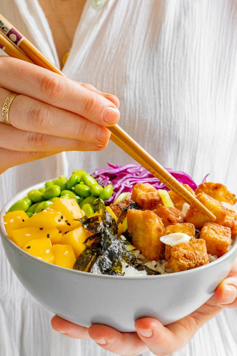 Crispy Ginger & Chilli Tofu and Mango Poke Bowls - Vegan, GF & Healthy! Georgie Eats.