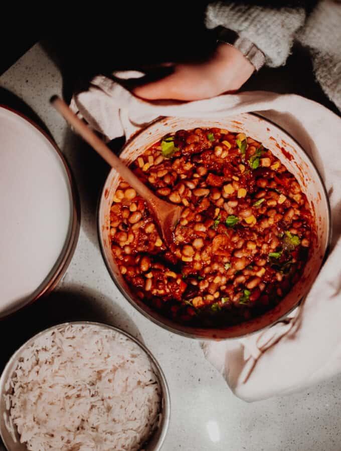 The Best Ever Mixed-Bean Veggie Chilli - Vegan, GF & Healthy! Georgie Eats.
